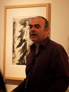 """Στην έκθεση του Κωστή Αντωνιάδη """"Χρησιμοποιημένες Φωτογραφίες 1985-2013"""""""