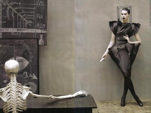 Jean_Paul_Gaultier_is_a_Mad_Genius_Wallpaper_b76ro